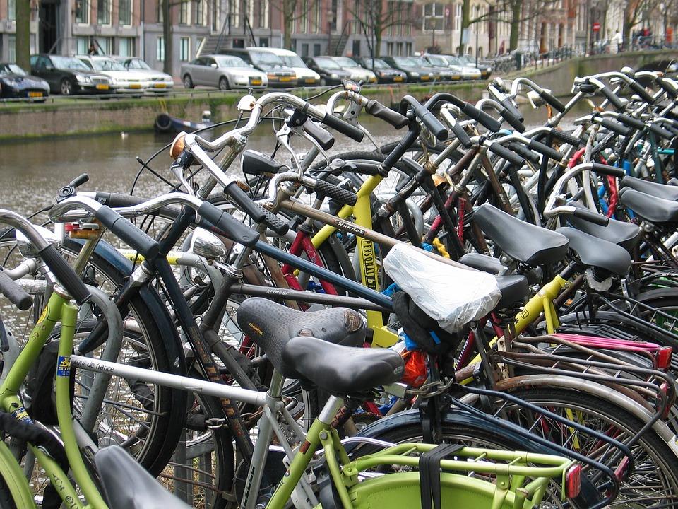 Fietsparkeren binnenstad; wie gaat dat betalen?